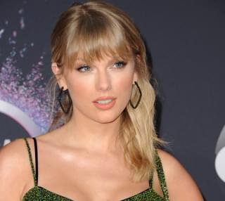 Taylor Swift Encourages Fans to Vote in Primary Elections