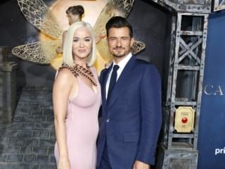 KATY + ORLANDO EXPECTING A GIRL