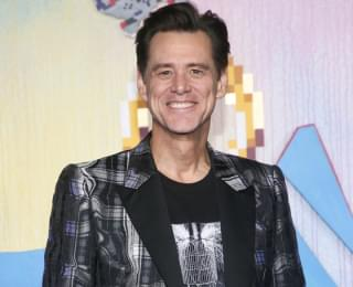 Jim Carrey Vows to Grow Beard Until Outbreak Is Over