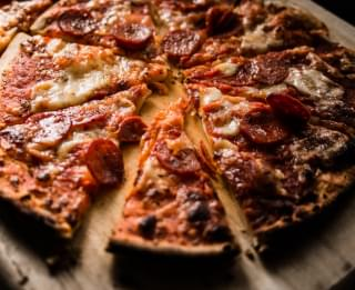 Ordering Delivery? You May Be Getting Chuck E. Cheese Pizzas Without Knowing It