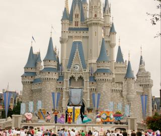 Disney World Expanding Park Hours