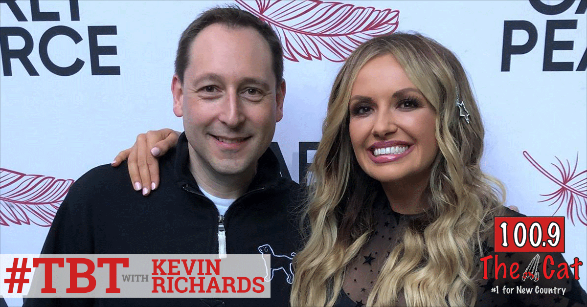Carly Pearce in 2018 with Kevin Richards