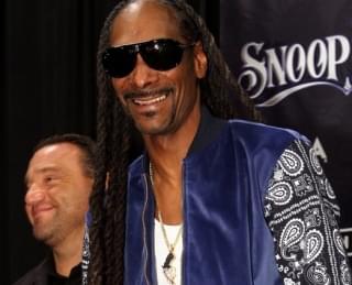 Snoop Listening To Frozen Is A Mood
