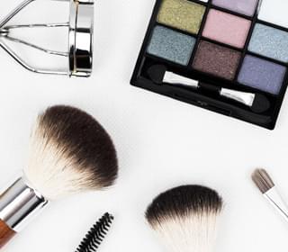 CVS Will Stock Makeup for Guys
