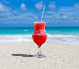 """Temptation Island"" Filming In Maui Despite Pandemic"