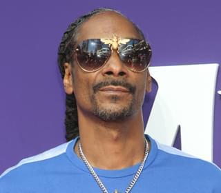 Snoop Gets Lakers Tattoo & Kobe Tribute