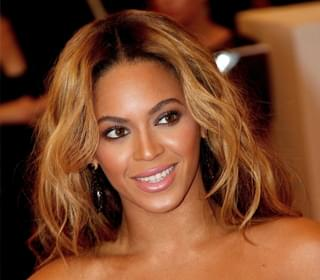 Beyonce Makes Brief Appearance at 'Billboard Women in Music'