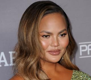 Chrissy Teigen's 'Tooth' Falls Out in a Fruit Roll-Up
