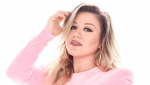 'The Voice': Kelly Clarkson Hits Back After Blake Shelton Says She Doesn't 'Have Time' For Show