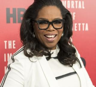 "Oprah Winfrey Gives $12 Million To ""Home Cities"" During Pandemic"