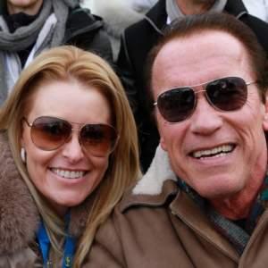 Arnold Schwarzenegger está enamorado de mujer 30 años menor que él