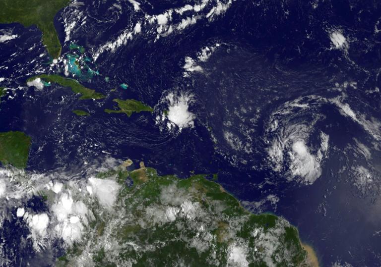 Tormenta tropical Erika va hacia Antillas menores y podría ser huracán