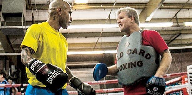 Se especula que la pelea entre Miguel Cotto y Canelo Alvarez será el 21 de noviembre en Las Vegas.