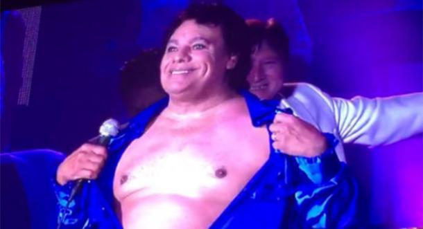 ¡Juan Gabriel presume de ser sexy!
