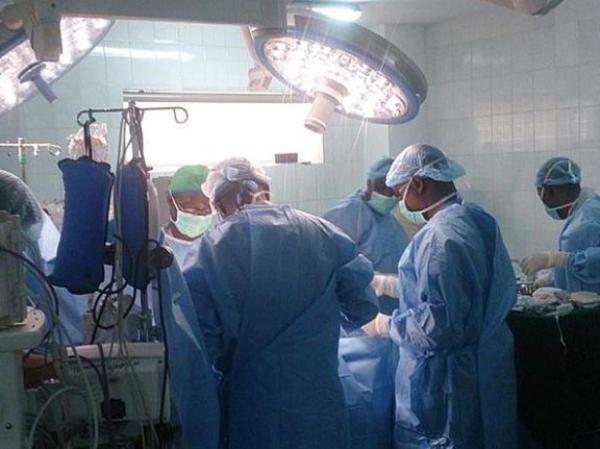 Ocho pacientes infectados con bacteria, cuatro muertos y 1.300 en riesgo de estar contagiados