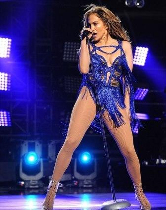 Jennifer López será la anfitriona de los American Music Awards