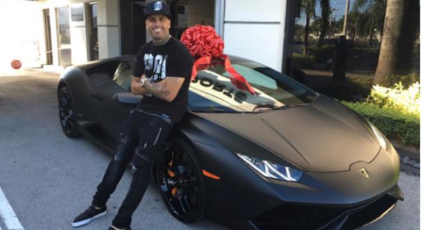 ¡Nicky Jam se regaló un Lamborghini!