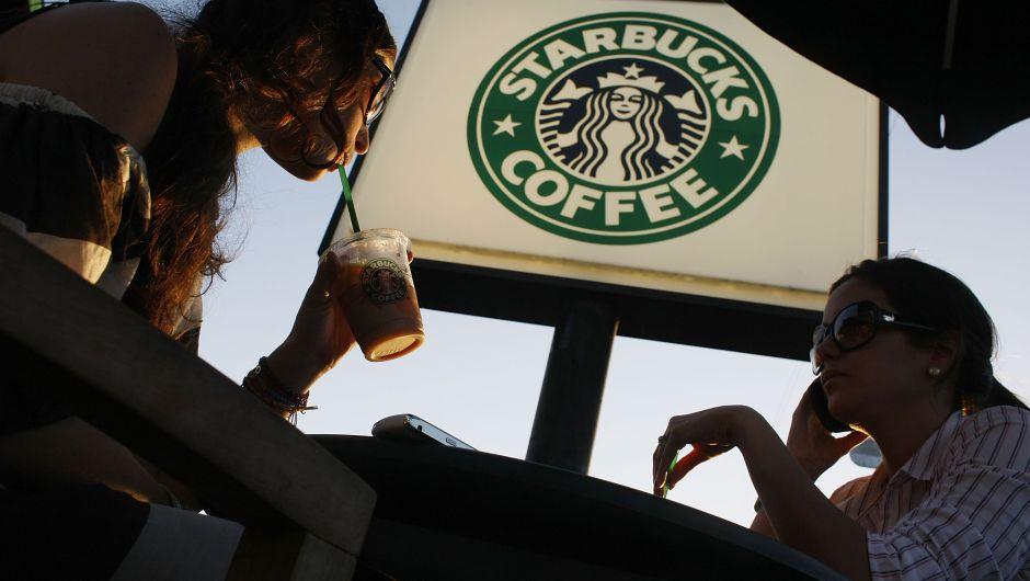 Starbucks donará el 100% de la comida que no venda en Estados Unidos
