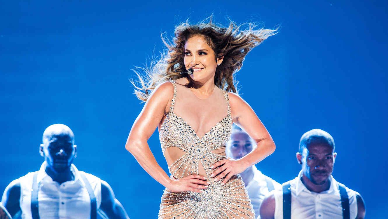 Jennifer Lopez lo mueve todo al ritmo de 'La Gasolina' de Daddy Yankee (VIDEO)