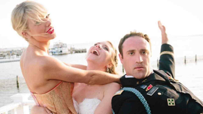 """Taylor Swift sorprende a una pareja el día de su boda y canta """"Blank Space"""""""