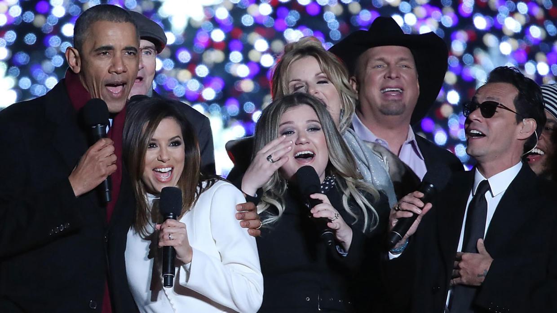 Eva Longoria y Marc Anthony dan la bienvenida a la Navidad desde la Casa Blanca!!!