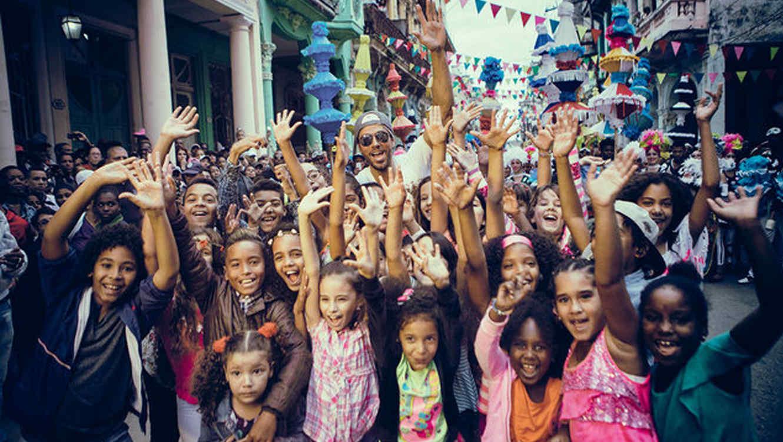 Enrique Iglesias se apodera de La Habana