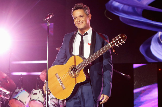 Alejandro Sanz is the 2017 Latin Recording Academy's Person of the Year