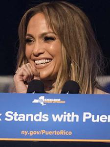 Jennifer Lopez dona 1 millón de dólares a Puerto Rico para aliviar huracanes!!!