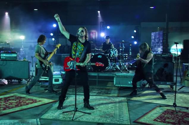 Watch Mana's Video for Mexican Soccer Anthem 'El Gladiador Mexicano: Vamos Mexico'