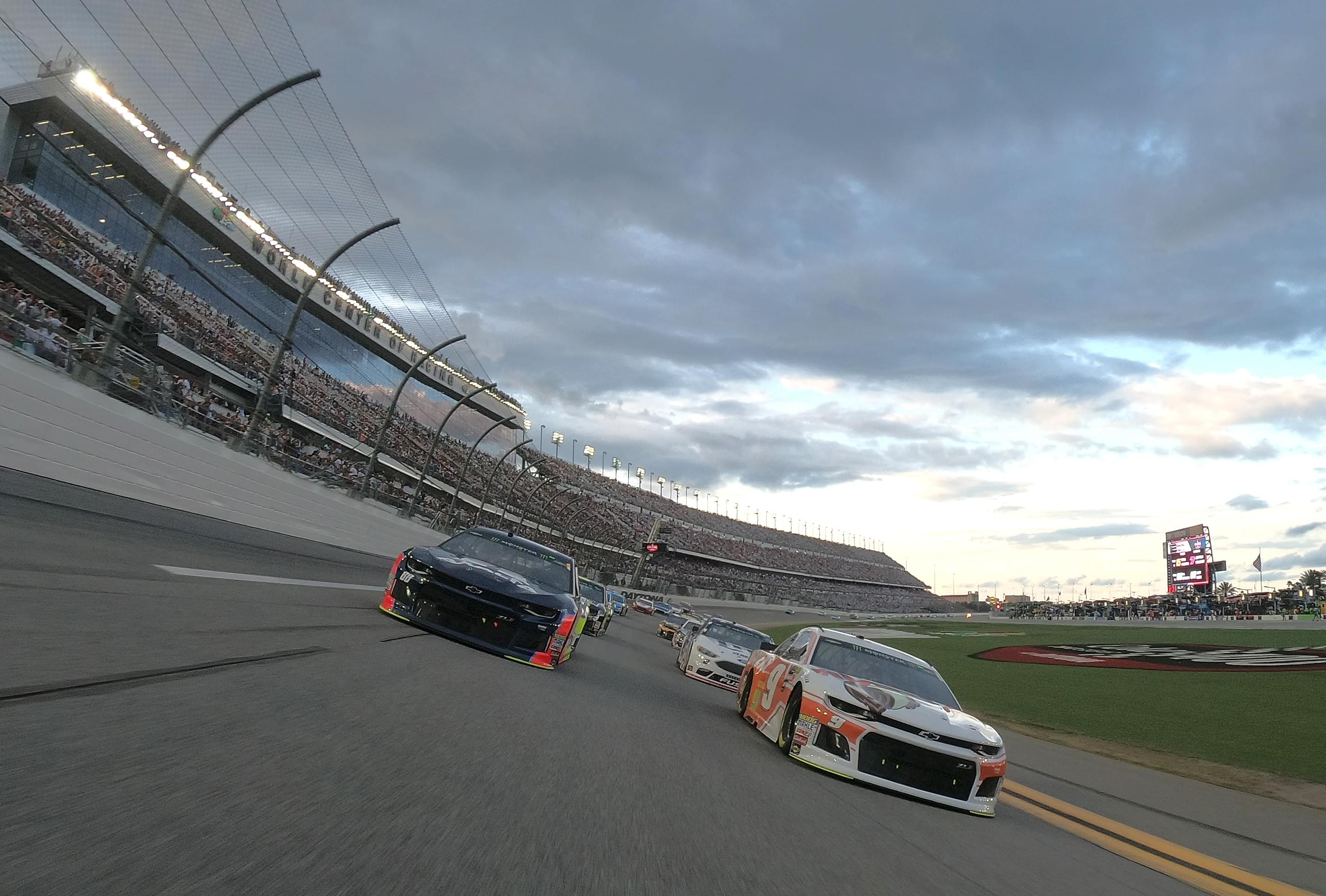 LAMM AT LARGE: NASCAR needs heroes, not changes