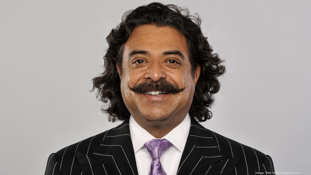 Shad Khan loses his 100th game as Jaguars fall to Steelers