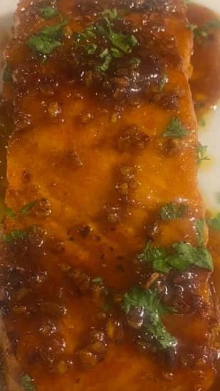 Honey Garlic Glazed Salmon