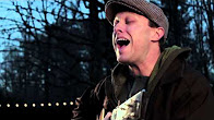 """Garden Sessions: Ryan Montbleau Performing """"Hot Coffee In A Paper Cup"""" – Radio Woodstock 100.1 – 11/15/13"""