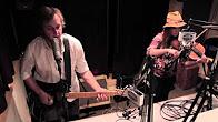 "Willie Mason Performing ""Restless Fugitive"" – Radio Woodstock 100.1 – 9/30/13"