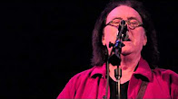 """Denny Laine Performing """"Go Now"""" – Radio Woodstock 100.1 – 11/9/13"""