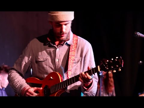 """Rayland Baxter performing """"Mr. Rodriguez"""" – 2/3/16"""