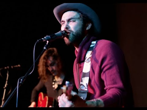 """Shakey Graves performing """"The Daily All"""" – 2/5/16"""
