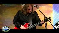 "Warren Haynes Performing ""Sick Of My Shadow"" on Radio Woodstock 100.1  4/29/11"