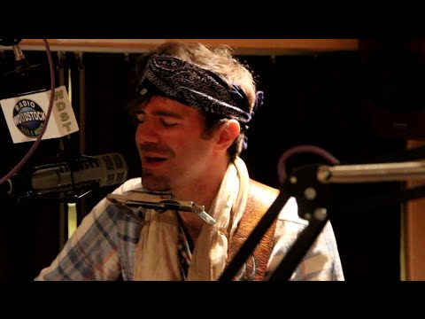 "Stephen Kellogg performing ""Last Man Standing"" at Radio Woodstock 100.1 12/28/15"