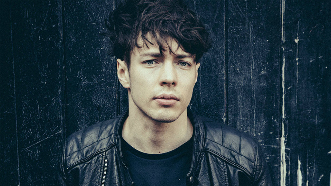 HEAR WHAT'S NEW: Barns Courtney