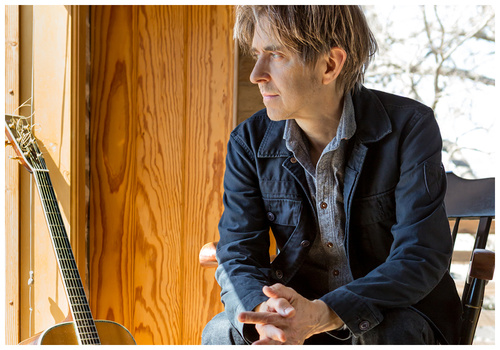 ERIC JOHNSON SOLO – An Evening of Acoustic Guitar & Piano