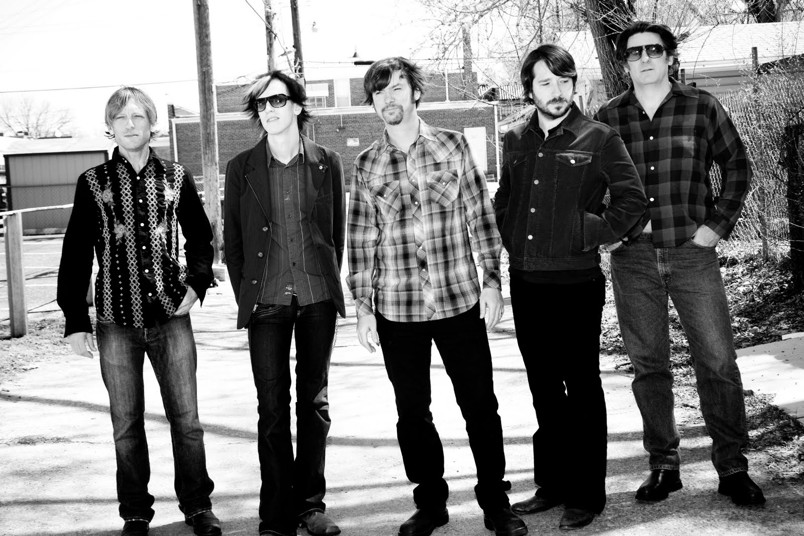 HEAR WHAT'S NEW: Son Volt – Back Against The Wall