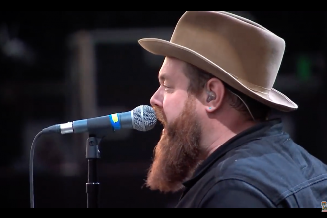"""VIDEO: Nathaniel Rateliff & The Night Sweats – """"S.O.B. / Shape I'm In"""""""