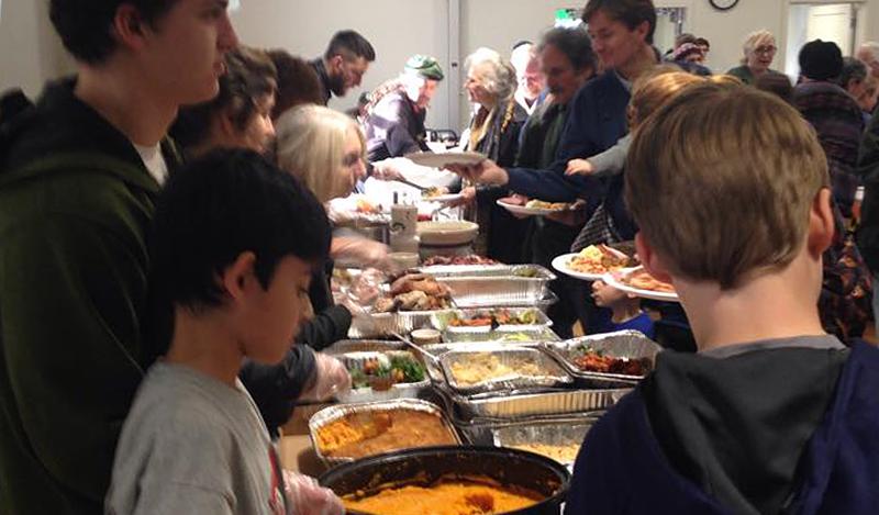 Family's Annual Thanksgiving Dinner