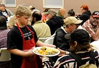 [VIDEO] Rome Salvation Army volunteers feed over 150 people Thanksgiving Dinner