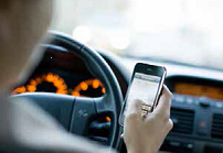 Texting_and_driving_4