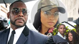 R.KELLY: Girlfriend Joycelyn Savage Reunites with Her Family