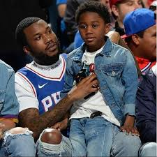 MEEK MILL: Challenge His Son To Eat Dead Crickets
