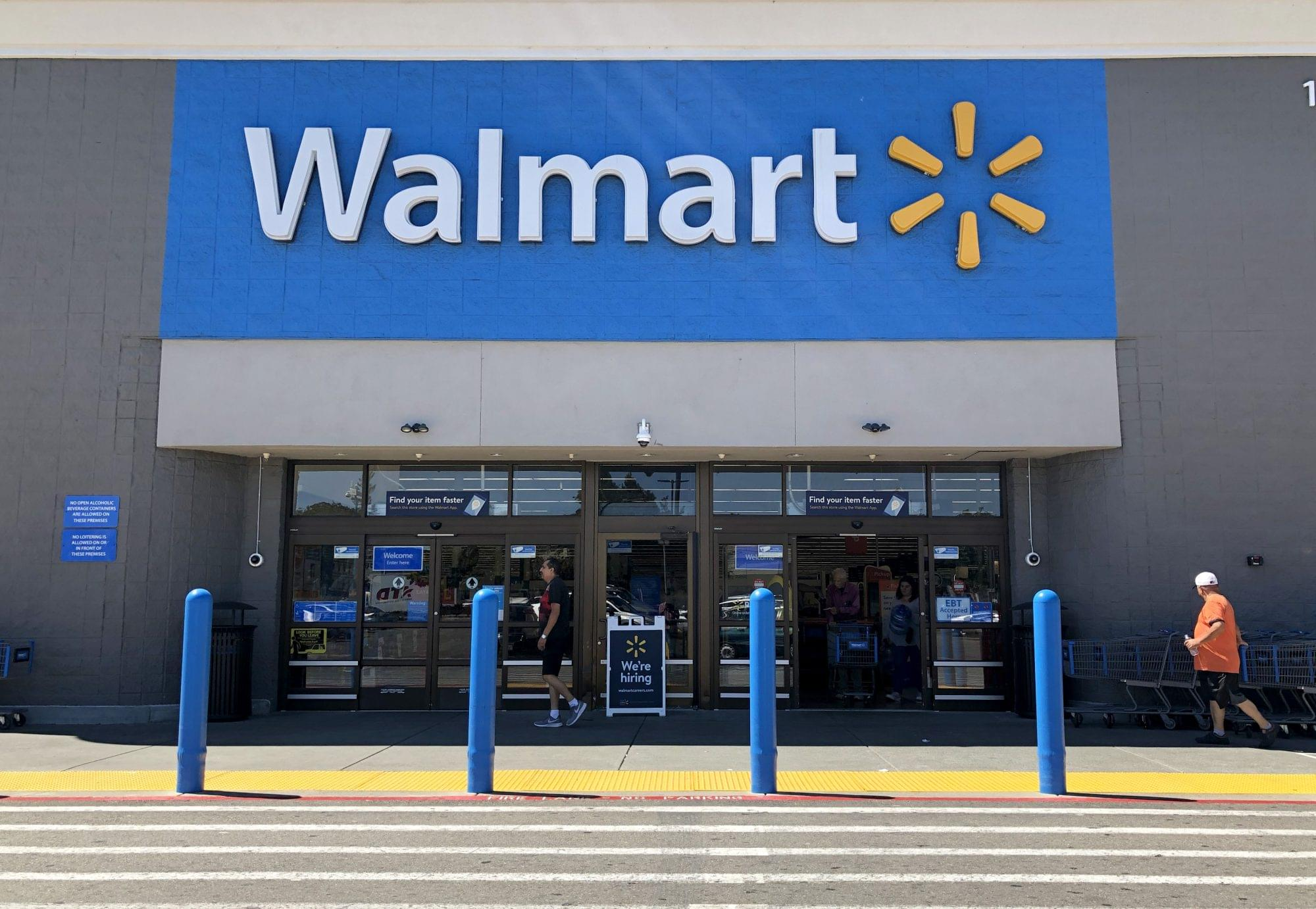 WALMART: Giving Employees Off for Thanksgiving