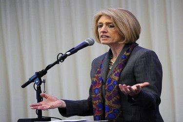 Comptroller Leslie Munger
